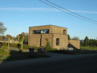 sobere woning te Westerlo, minimalistische architectuur