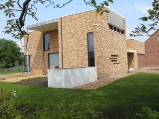 Geel - architect herman boonen - eigentijdse woning minimalistisch